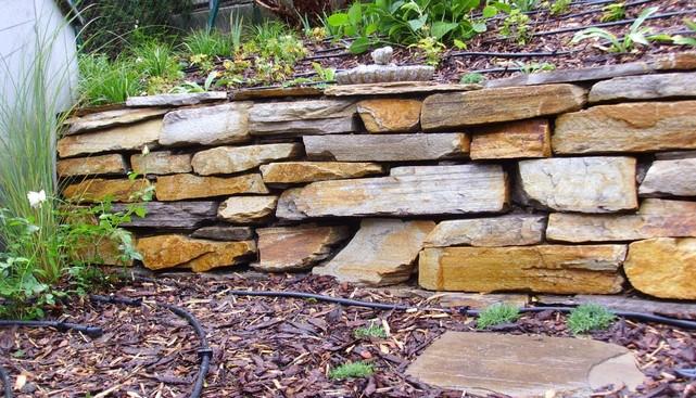 Trockensteinmauer von Living Garden