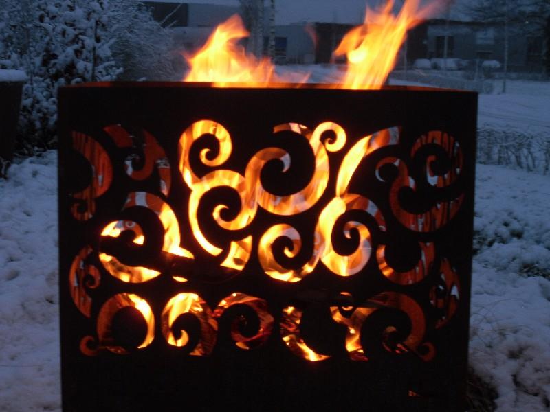 Feuerschale - Feuersäule Cortenstahl optik
